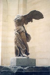 vitoria-de-samotracia-louvre-foto-adrian-pingstone-wikipedia